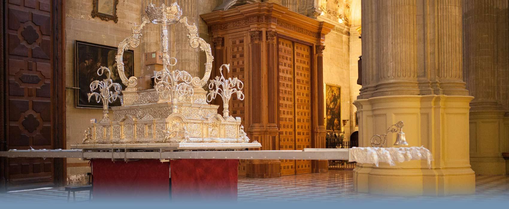 Kirchenaltar für die Prozessionen in der Osterwoche